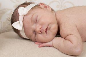 Schlafendes Baby, koenigswinter